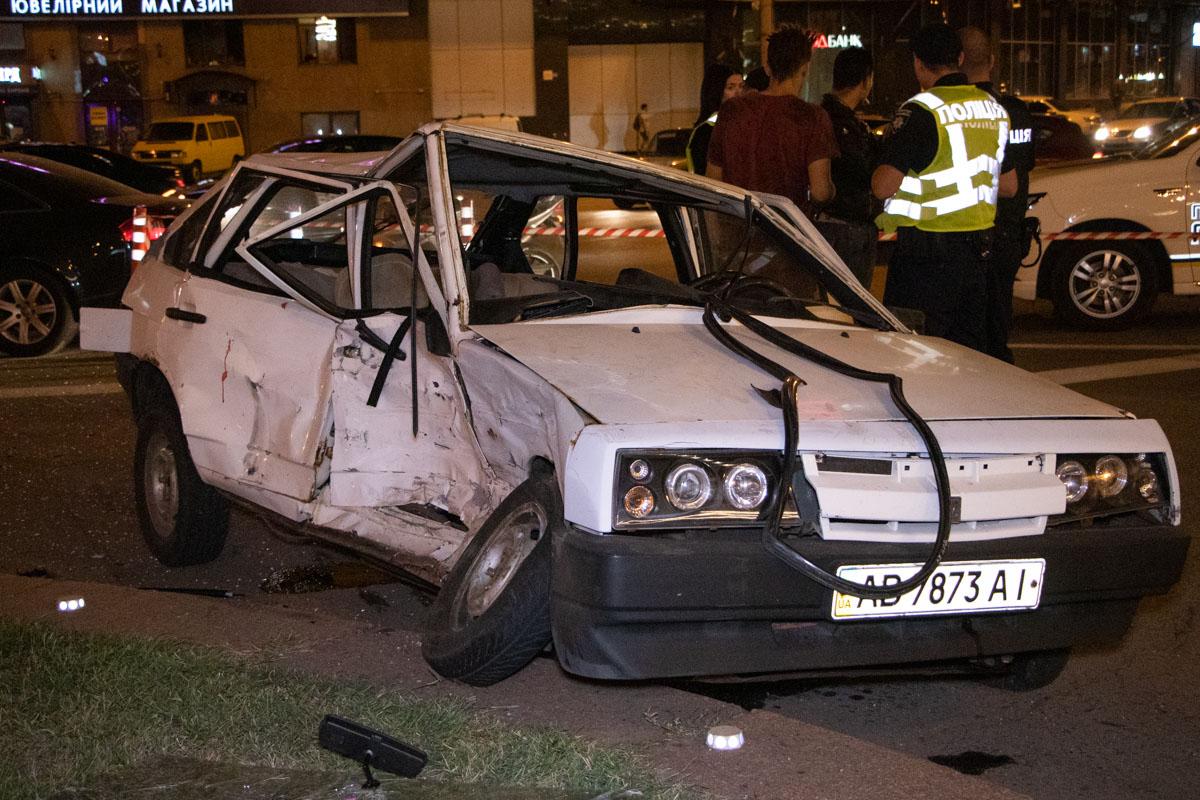 DTP-8-of-9 ДТП у столиці: Audi протаранив ВАЗ