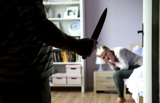 На Обухівщині за вбивство співмешканки чоловік отримав 14 років -  - Depositphotos 46076361 original