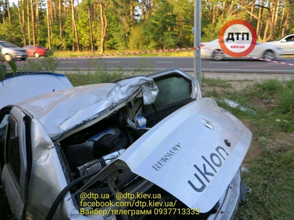 Смерть на Гостомельському шосе: у таксі загинула жінка, водій та пасажир – госпіталізовані - смертельна аварія, Приірпіння, київщина, ДТП, Гостомельське шосе, Гостомель - Gost shose Uklon 4