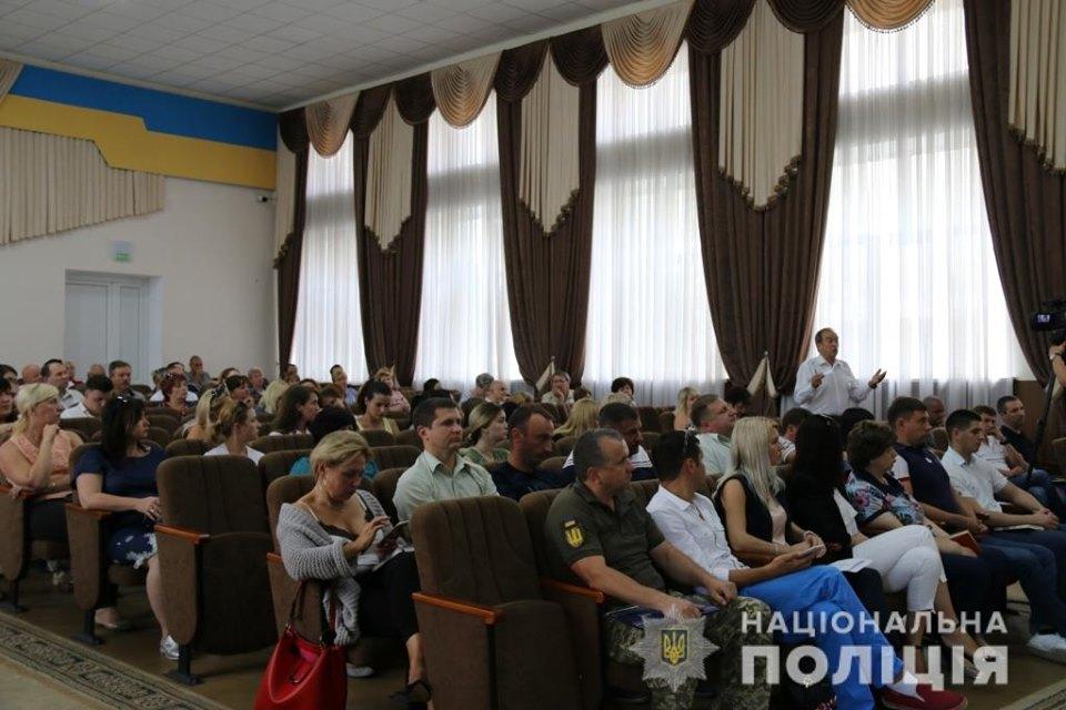 Nebytov-zal-3 Керівник поліції Київщини Андрій Нєбитов зустрінеться в Ірпені з громадою щодо розслідування резонансних справ