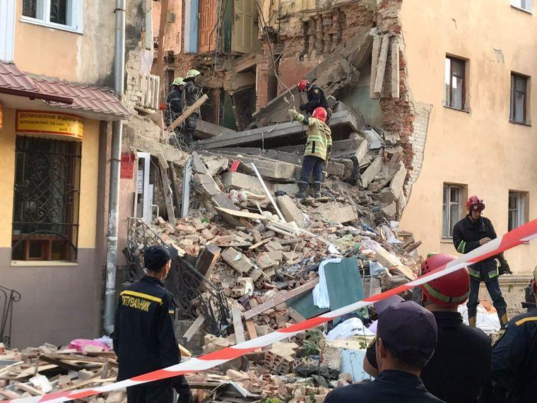 Вибух в багатоповерхівці: дві людини загинули, 7-ох госпіталізували (оновлено) -  - medium 1 1