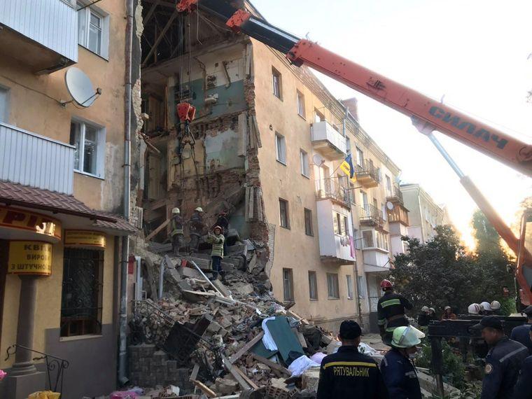 Вибух в багатоповерхівці: дві людини загинули, 7-ох госпіталізували (оновлено) -  - medium 2 2