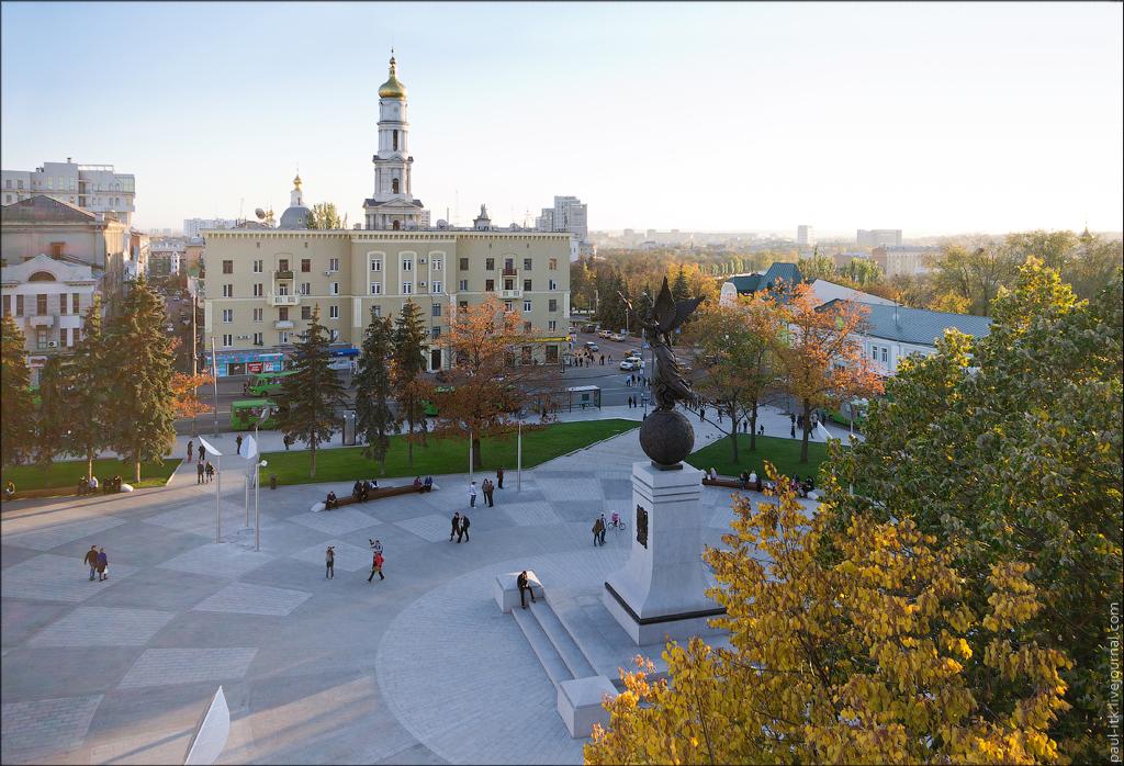 У столиці організують безкоштовні екскурсії для атовців та переселенців -  - ploschad konstitucii 2