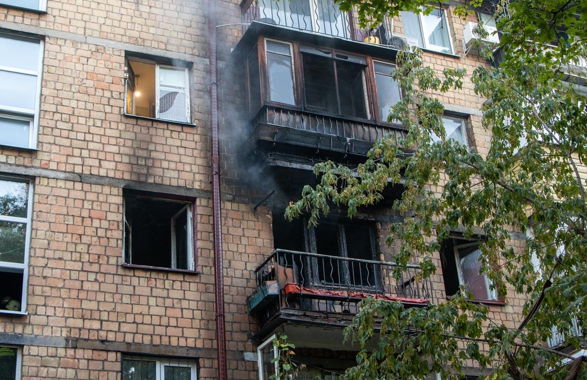 У Києві вогонь забрав життя людини -  - pozhar v kvartire 1 of 9