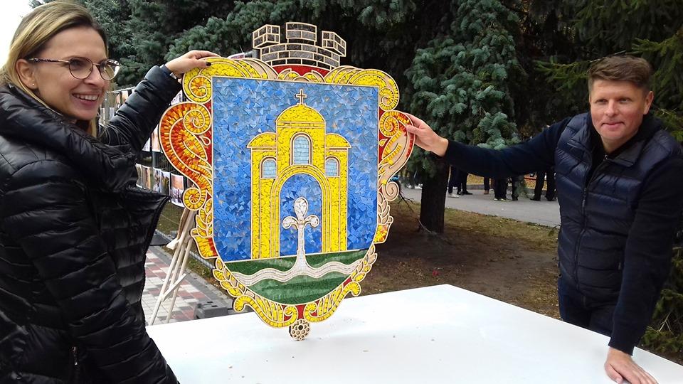 70828991_668380857002950_7374482289163501568_n Броварчани власноруч створили герб міста