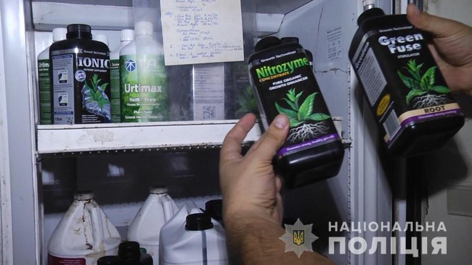 71008044_2469188203136337_2135268812549783552_n Повний цикл марихуани: на Обухівщині «нарко-аграрії» в сучасній лабораторії виробляли наркотики