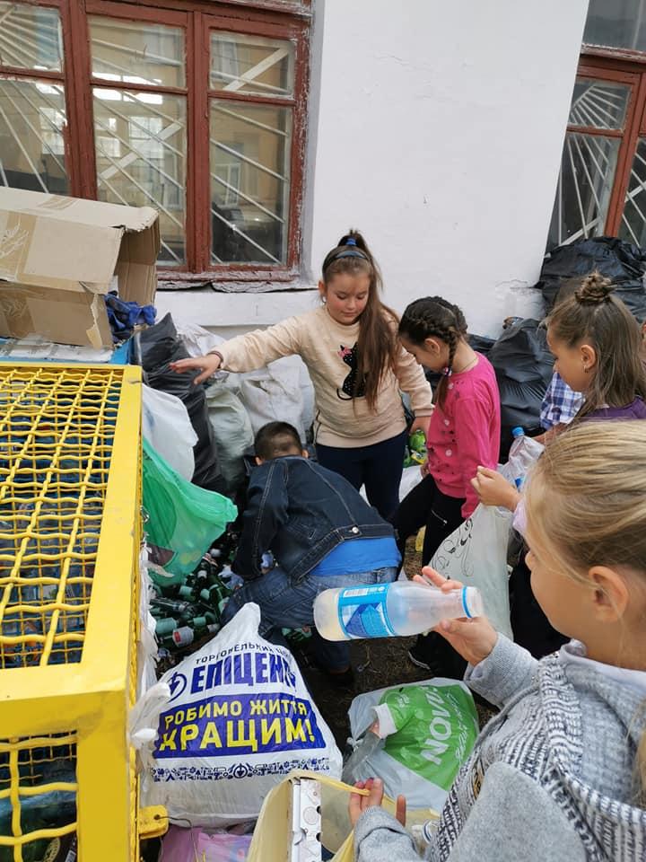 71073558_718021108640755_906538068561887232_n У Фастові відбудеться Zero Waste Day: учнів навчатимуть збирати та сортувати відходи