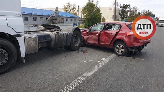 71296405_1427596420739580_7876645269796814848_n Біля Стоянки зіткнулись одразу три авто