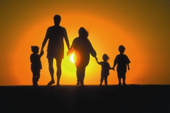 cb2640cdec1408f1cca8ad6be5aa9bae Серед усіх типів домогосподарств 38% у світі - це традиційні родини