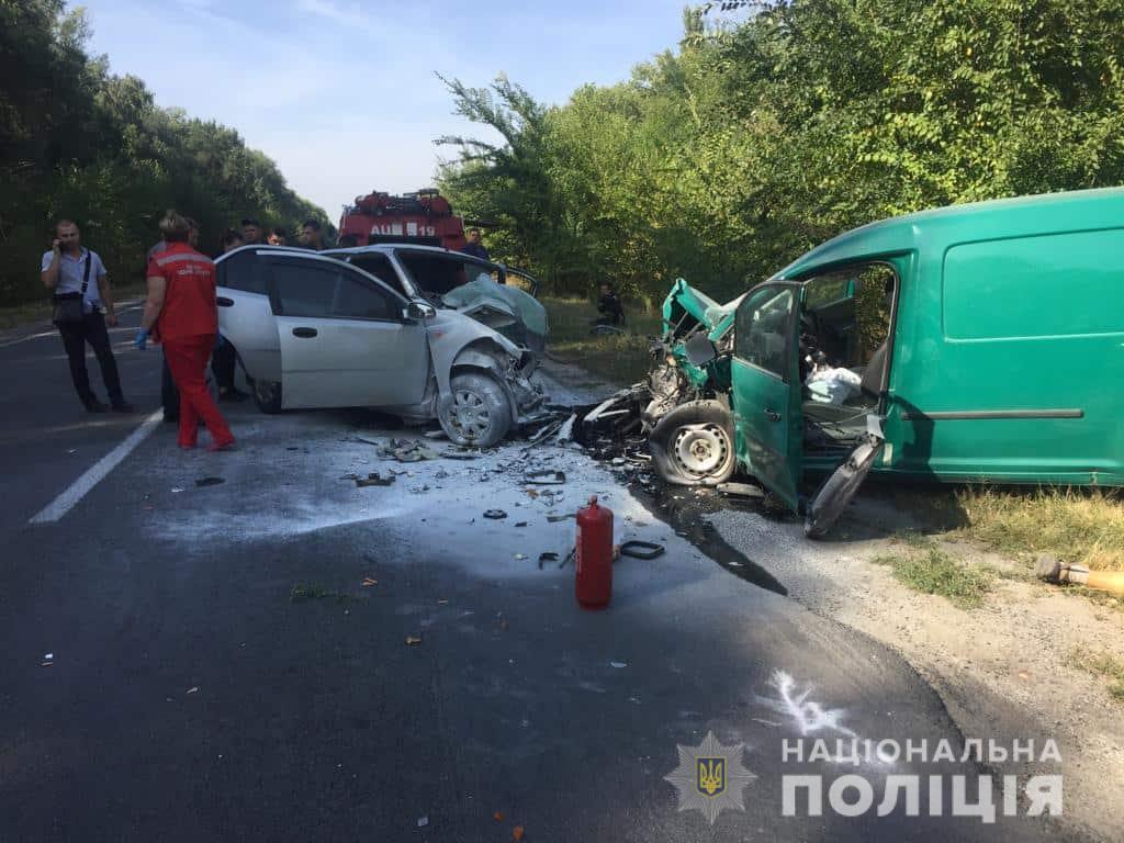 dtp.kagarlyk1 Смертельна ДТП біля Кагарлика: троє загиблих (відео)