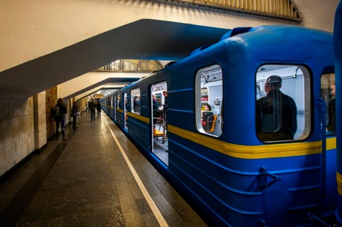 У столичному метро обмежать вхід через футбол