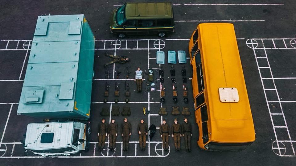 Наче іграшки з Lego: українці взяли участь у новому флешмобі - флешмоб - natsgvardiya