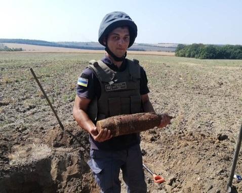 papap На Київщині знайшли арсенал зброї часів ІІ Світової