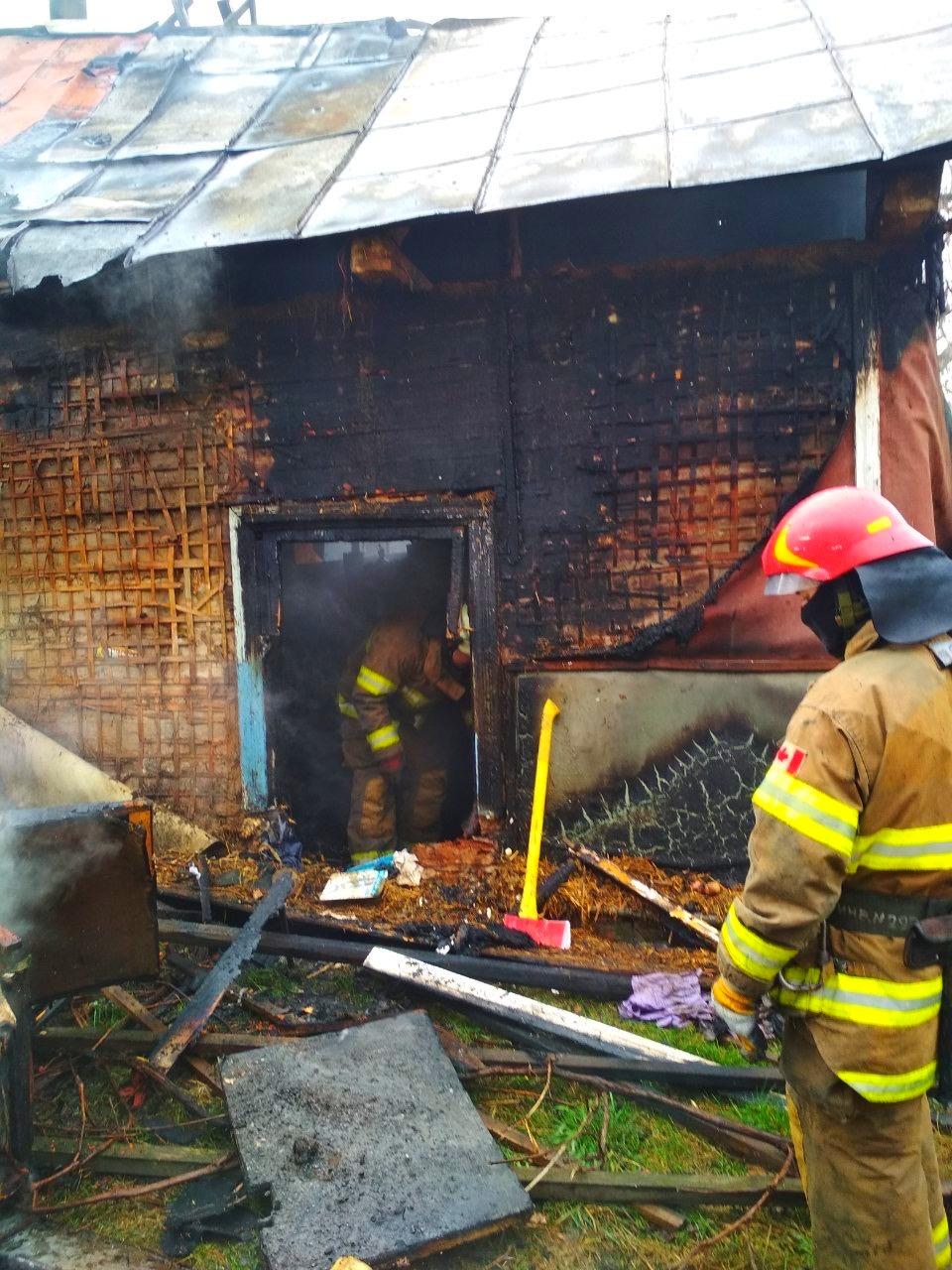 Через пожежу в житловому будинку на Київщині одна людина загинула, інша – отримала опіки - Бородянка - 02 2