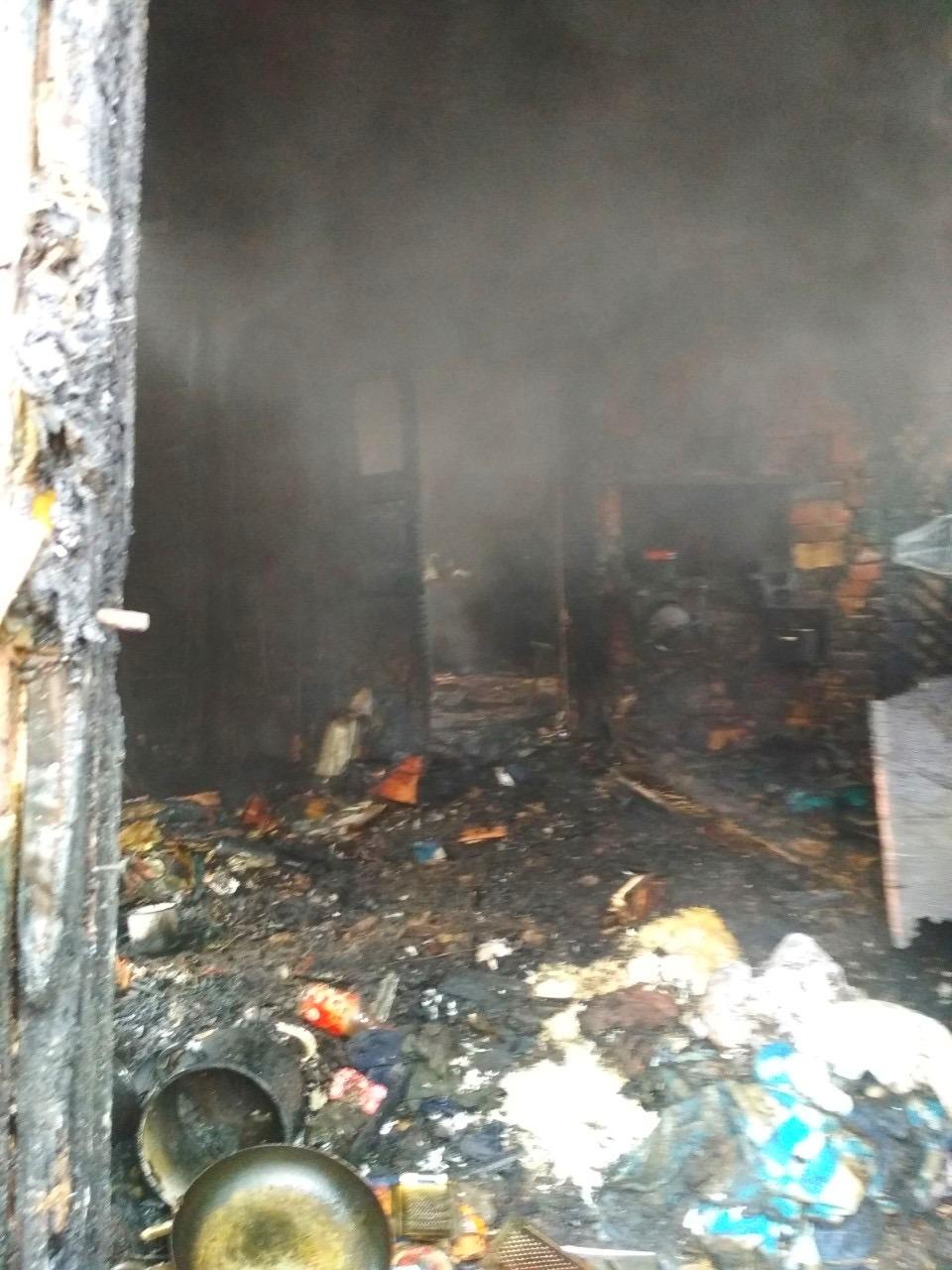 Через пожежу в житловому будинку на Київщині одна людина загинула, інша – отримала опіки - Бородянка - 04 1