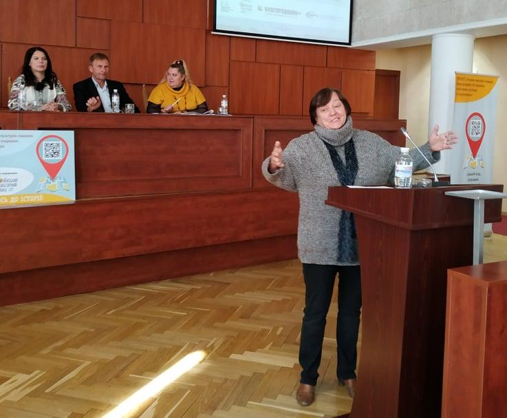 Першим містом Київщини, де історичні пам'ятки оснащені QR-кодами, став Вишгород -  - 1017 Konf vystup
