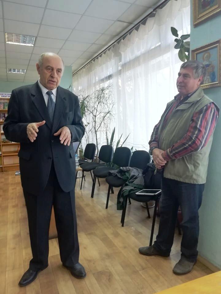 Вишгородці спілкувались із знаменитим істориком  Володимиром Сергійчуком -  - 1018 Sergijchuk rozp