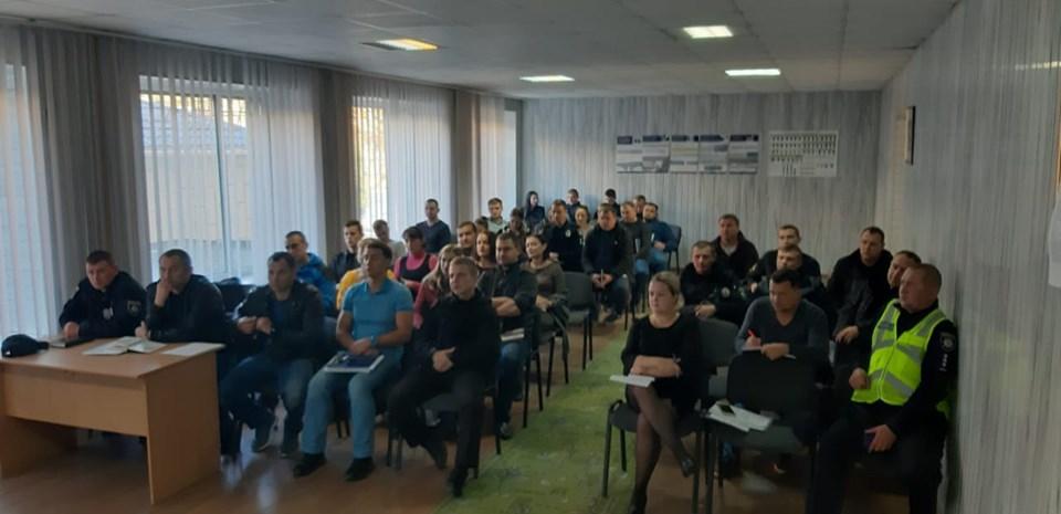 Поліцейські Вишгородщини удосконалили свої знання із домедичної допомоги -  - 1018 domedychna3