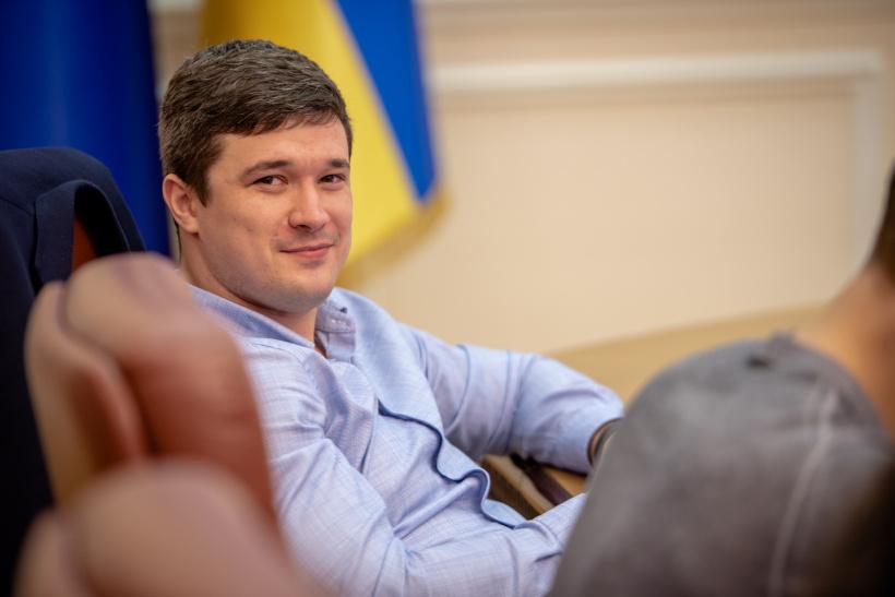 Е-права та е-техпаспорт перевірятимуть через QR-код - уряд, Україна, Рішення, Олексій Гончарук, QR-код - 1023 Fed