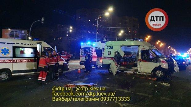 У ДТП загинули фельдшер та водій швидкої допомоги -  - 1219002 9829709