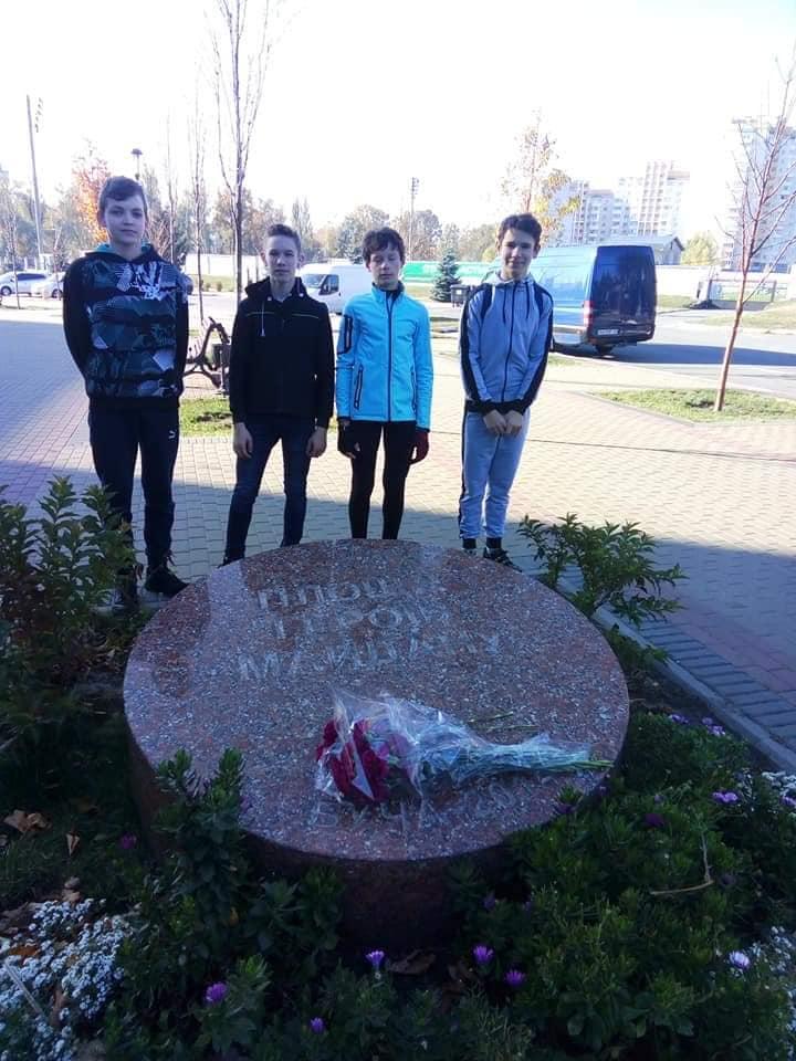 У Бучі школярі здійснили велопробіг пам'яті на честь захисників України (ФОТО) -  - 2 2