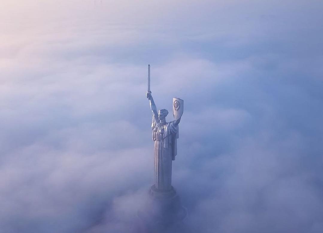 У всьому винен туман: в Україні повітря в нормі, – запевняють фахівці - туман, забруднене повітря - 24 tuman