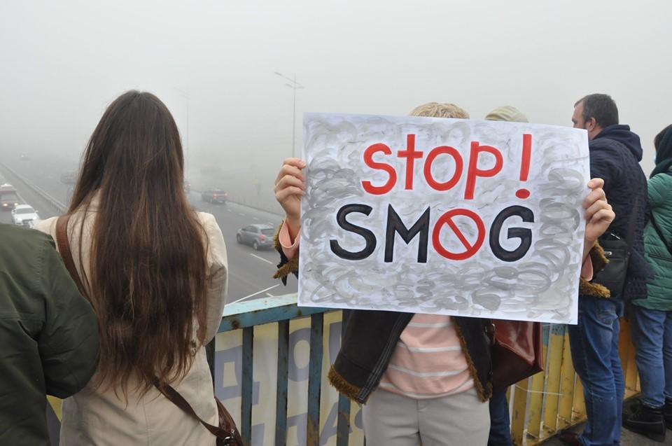 «Хочемо дихати, а не задихатися»: кияни страйкують проти брудного повітря - смог, повітря, Київ, забруднене повітря - 24 vozduh5