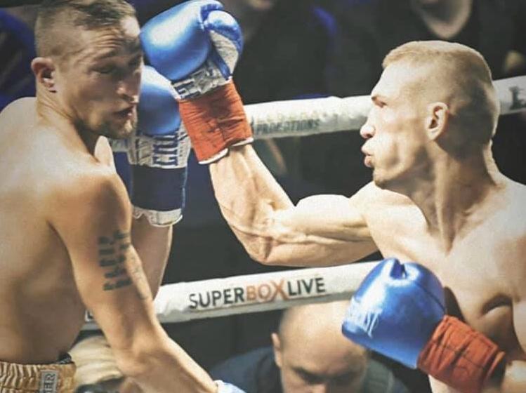 27_boks Відомий боксер з Київщини здобув перемогу в бою за тимчасовий пояс NABA