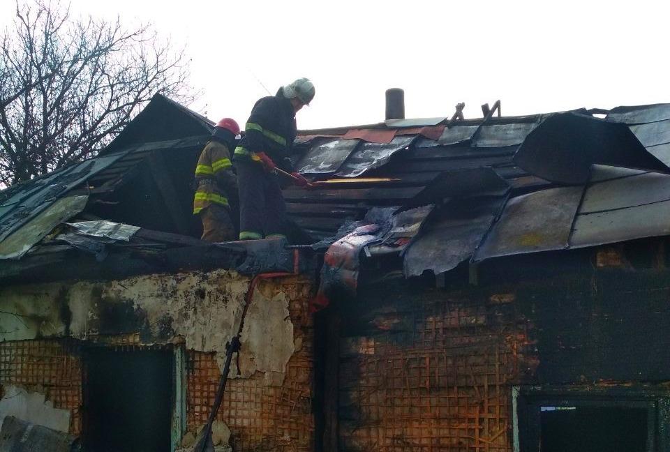 Через пожежу в житловому будинку на Київщині одна людина загинула, інша – отримала опіки - Бородянка - 28 pozhezha2 1