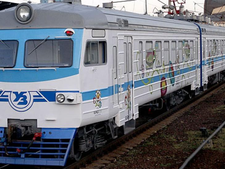 Київпастранс повідомив про відміну рейсів міської електрички -  - 6424 729x547