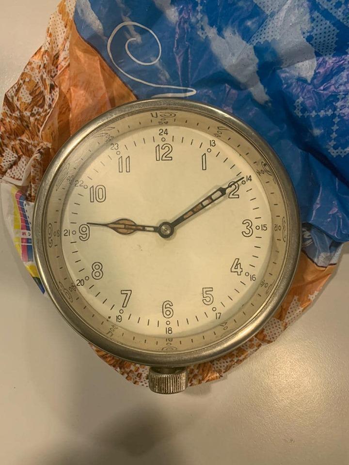 71649419_662820827537822_2328342792394244096_n Громадянин США купив в Україні радіоактивний годинник