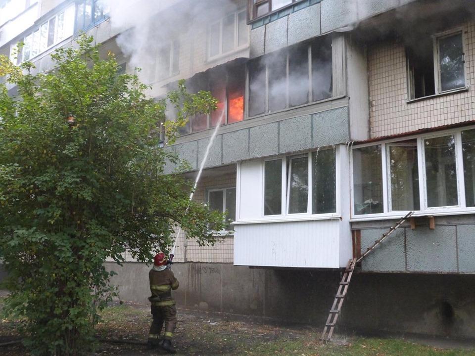 71886672_815257328870355_2533267665045159936_n Пожежа у багатоповерхівці Києва: людей масово евакуйовували із квартир
