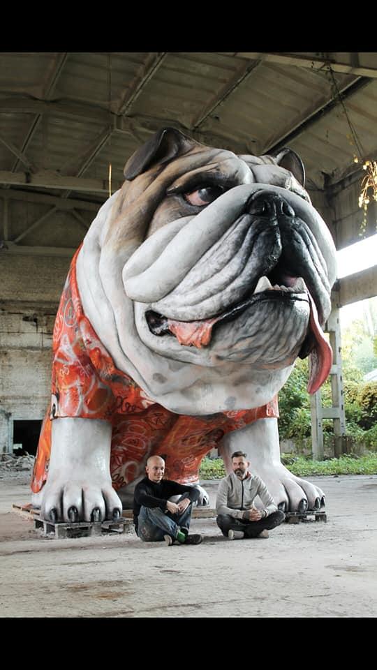 У Києві з'явилася скульптура величезного бульдога -  - 71936353 633638700497605 5381573105397268480 n