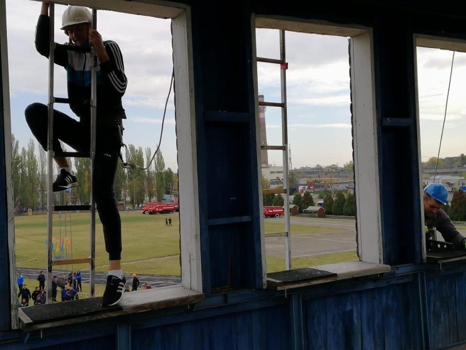 Визначилися найкращі рятувальники Київщини з пожежно-прикладного спорту -  - 71962950 2747366221948855 3560795340292489216 n