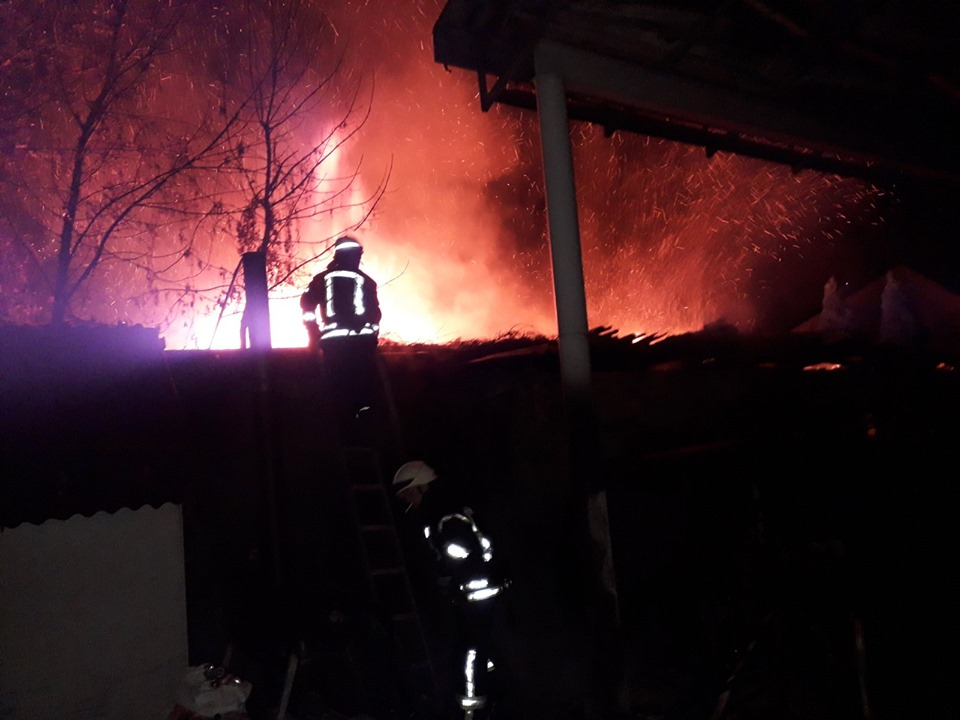 У Броварах згорів будинок і дві автівки -  - 72378098 1394882707328638 8715200663262330880 n