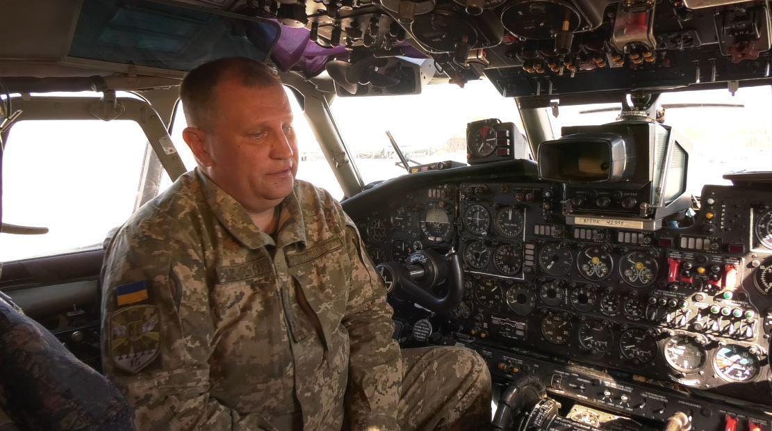 """Крилате свято: у Гостомелі відзначали 50-річний та 60-літній ювілеї літаків Ан-26 та Ан-24 - Приірпіння, літаки, київщина, ДП """"Антонов"""", Гостомель, Авіація - An litak"""