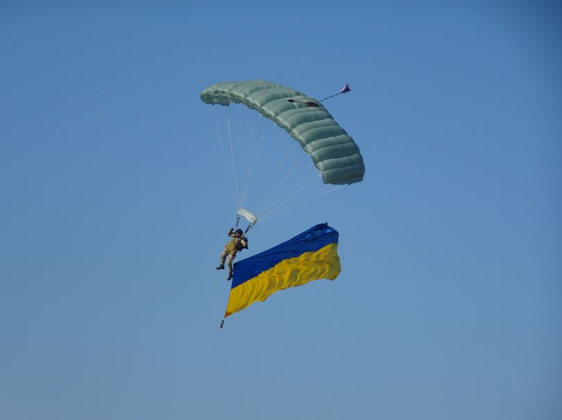 """Крилате свято: у Гостомелі відзначали 50-річний та 60-літній ювілеї літаків Ан-26 та Ан-24 - Приірпіння, літаки, київщина, ДП """"Антонов"""", Гостомель, Авіація - An prap"""