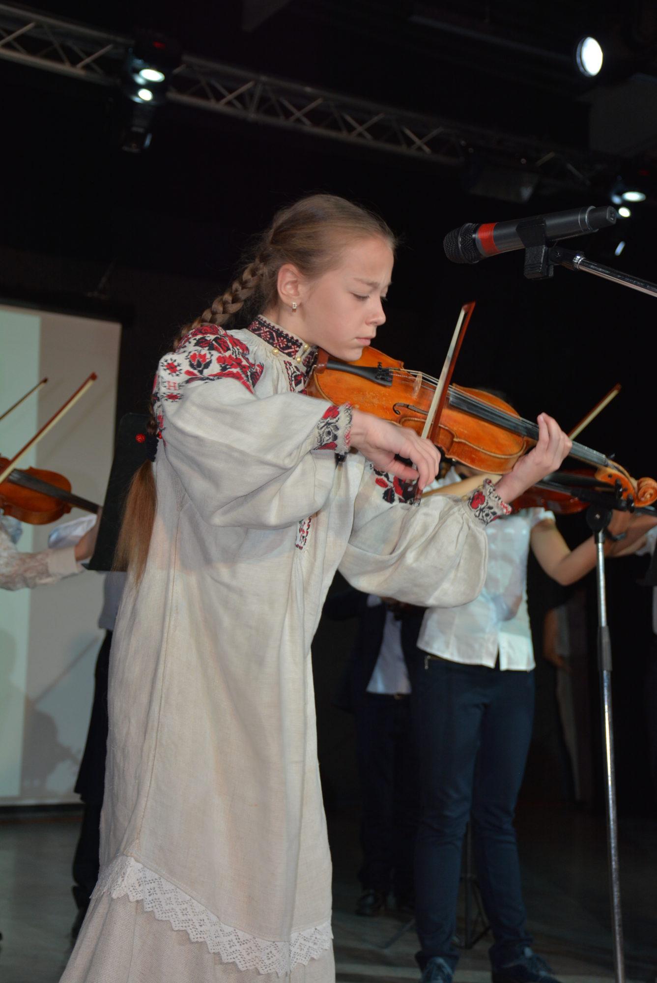 Міжнародний благодійний фестиваль-конкурс дитячої та юнацької творчості «Inna-Brovary» в Броварах -  - DSC 5104 1337x2000