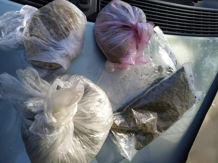 Джентльменський набір наркомана: у Бучі затримали жителя Гостомеля з пакунками канабіса, макової соломки та амфетаміну -  - FB IMG 1570078673777
