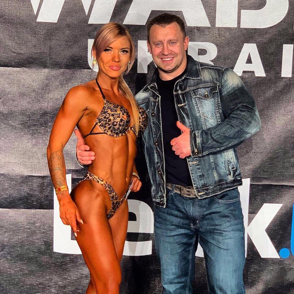 Жіночий бодібілдинг: жителька Бучі Ірина Гарбар — віце-чемпіонка України на змаганнях WABBA 2019 -  - Garbar bodi 1