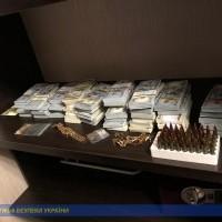 У хабарника вдома знайшли півмільйона доларів - хабар, Україна, СБУ, затримання - SBU1