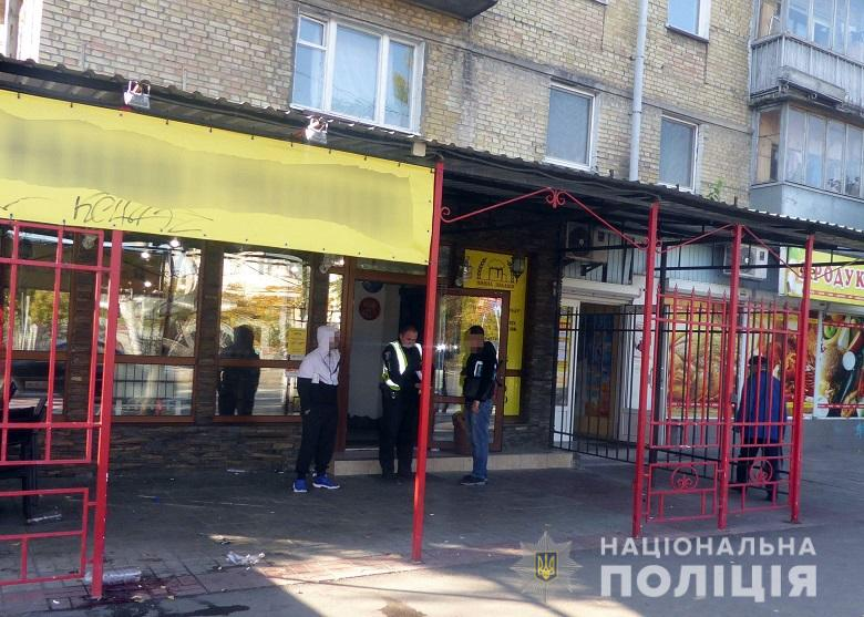 У Києві за розбійний напад затримано трьох молодиків -  - dnrozbiy161019