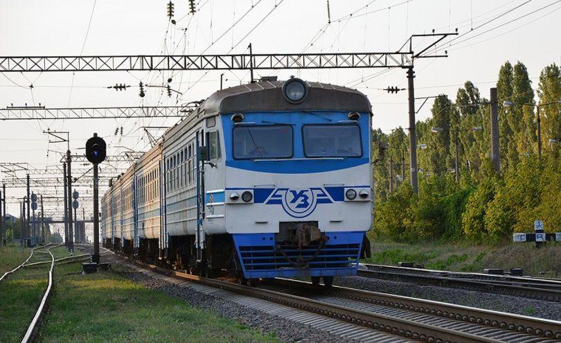 У Києві знову відмінили 6 рейсів приміських електричок -  - image 810xs