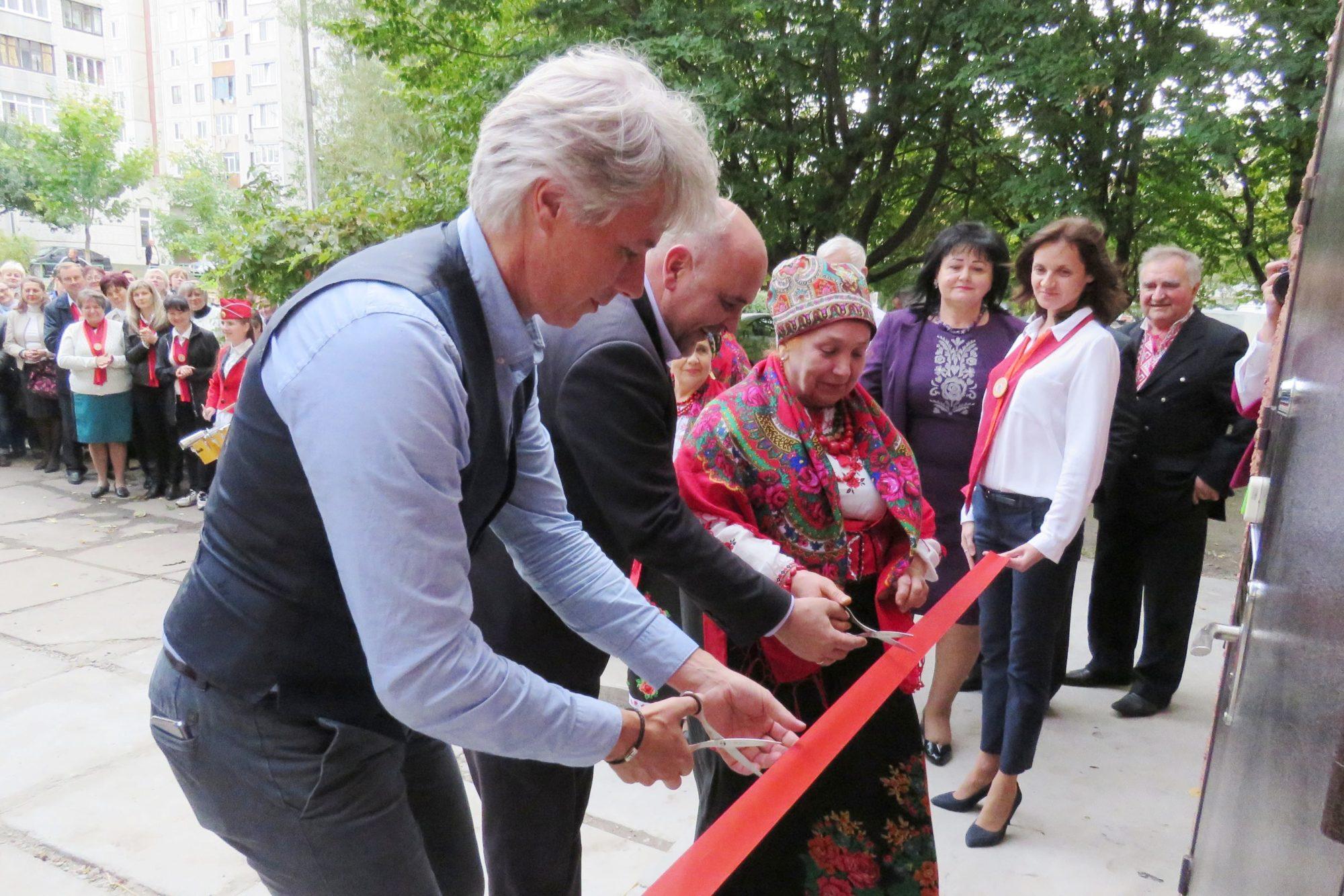 У Білій Церкві відкрили нову філію  центру надання соцпослуг - відкриття - imgbig 2000x1334