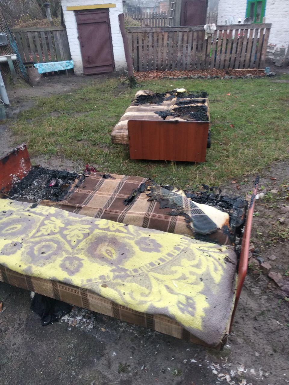 На Іванківщині ліквідували пожежу житлового будинку -  - photo 2019 10 25 10 48 31