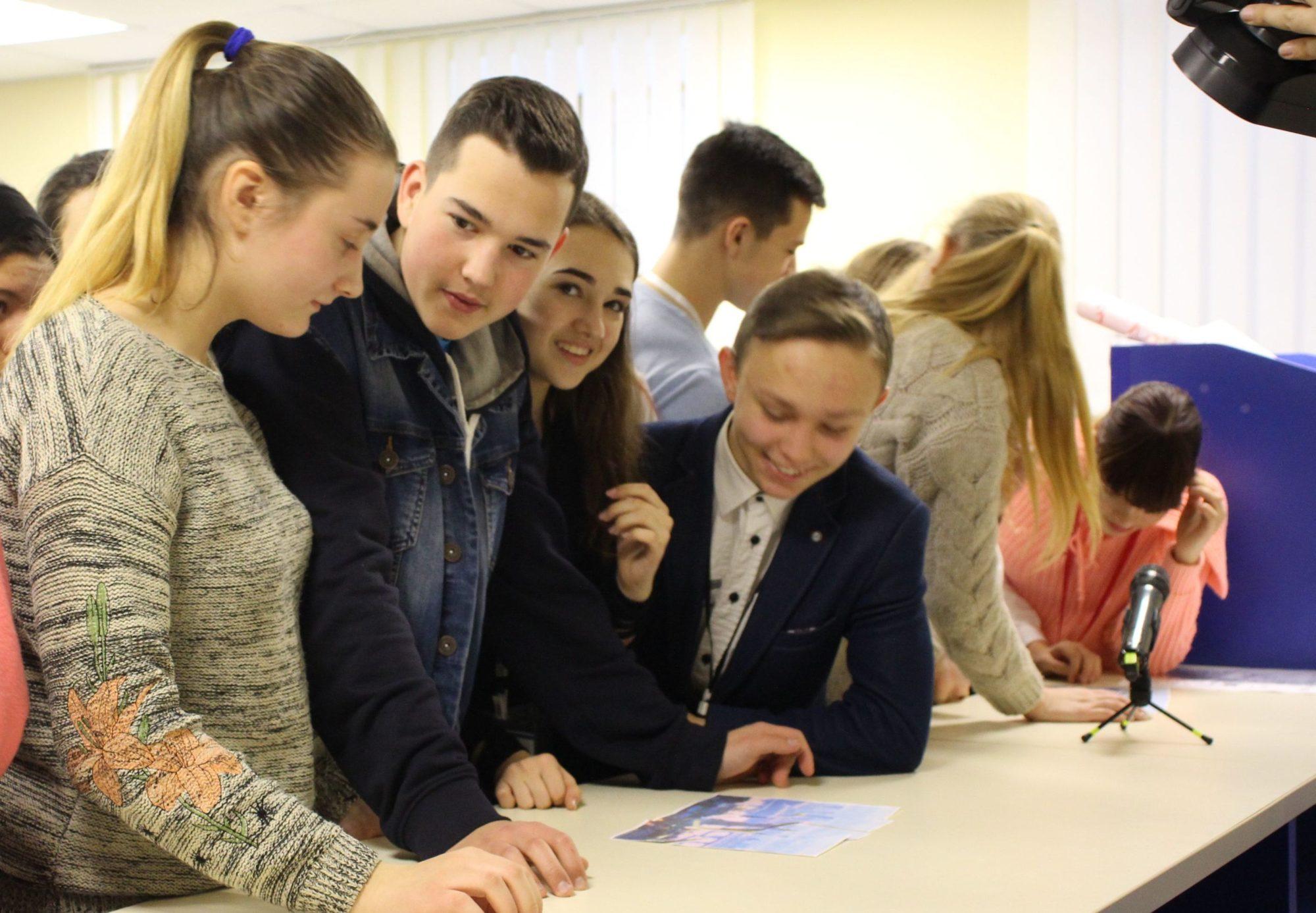 Стажування для молоді: законодавчі норми - стажування, молодь - stazhuvannya 2000x1387