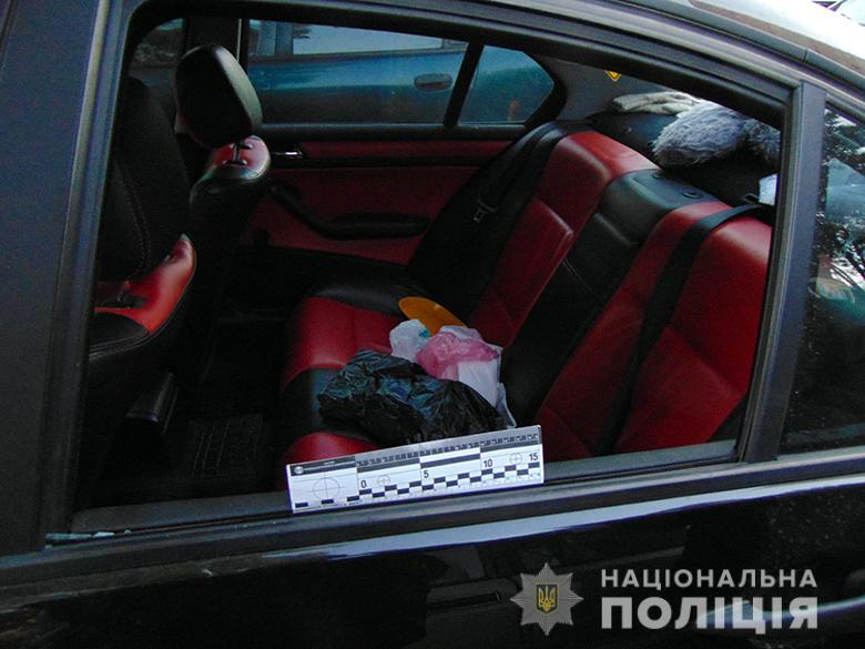 Киянина затримали за крадіжку з автомобіля -  - sviatoshkragazavto161020194