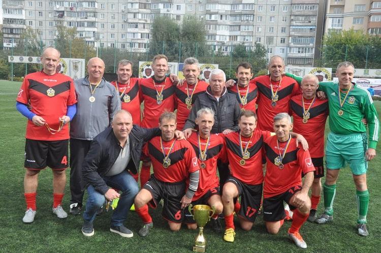 У Вишневому відбулися фінальні матчі всеукраїнського ветеранського чемпіонату з футболу -  - vet0710 1 resize min