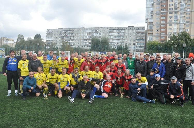 У Вишневому відбулися фінальні матчі всеукраїнського ветеранського чемпіонату з футболу -  - vet0710 4 resize min