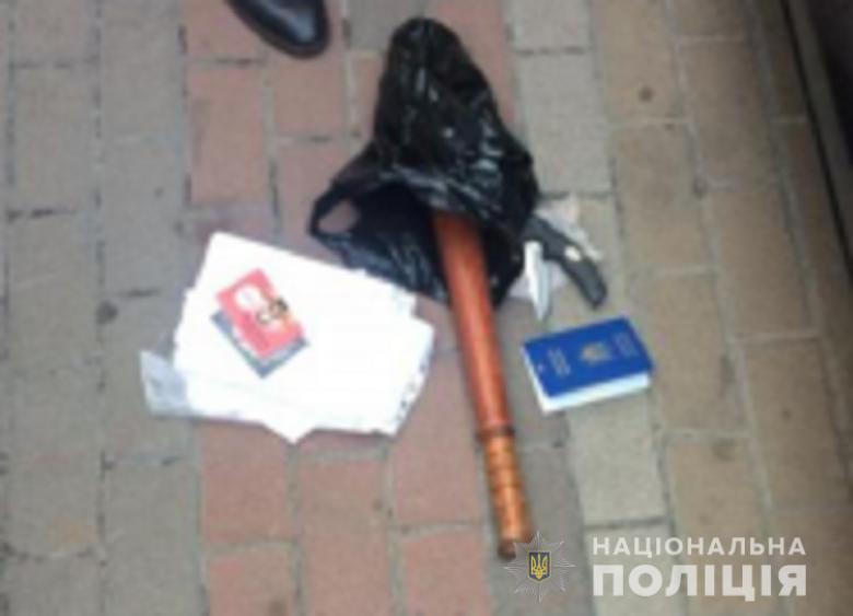 zaruchnyk091020192 Організатору викрадення людини - оголошено підозру: потерпілого утримували в будинку на Броварщині (відео)